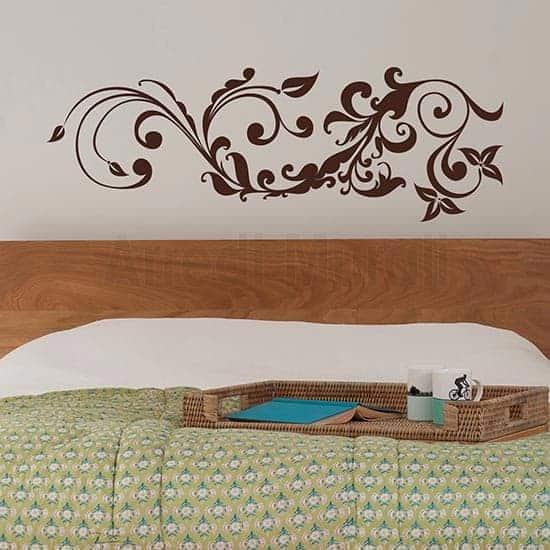 Adesivo murale floreale stilizzato marrone
