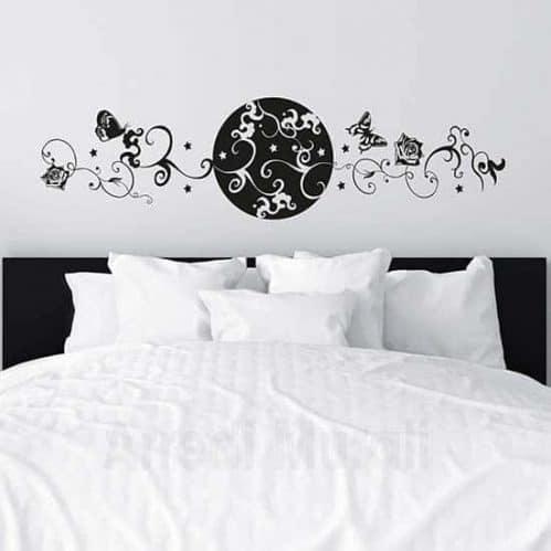 Wall sticker testata letto con fiori e farfalle