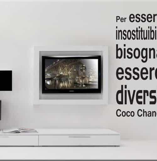 decorazione adesiva frase Coco Chanel