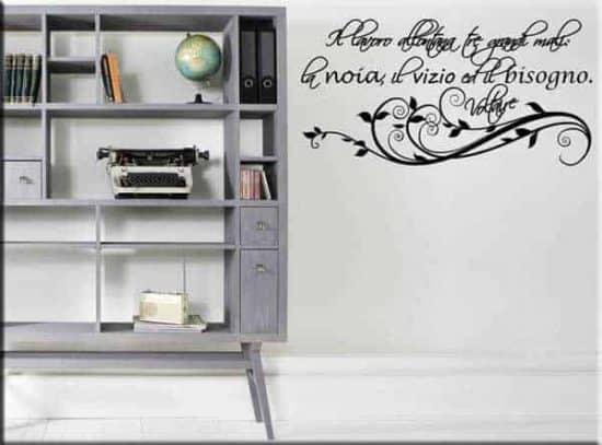 Adesivi murali frase Voltaire lavoro
