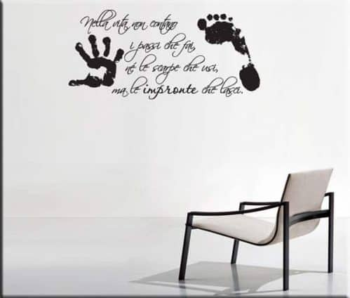 Adesivi murali frase vita impronte