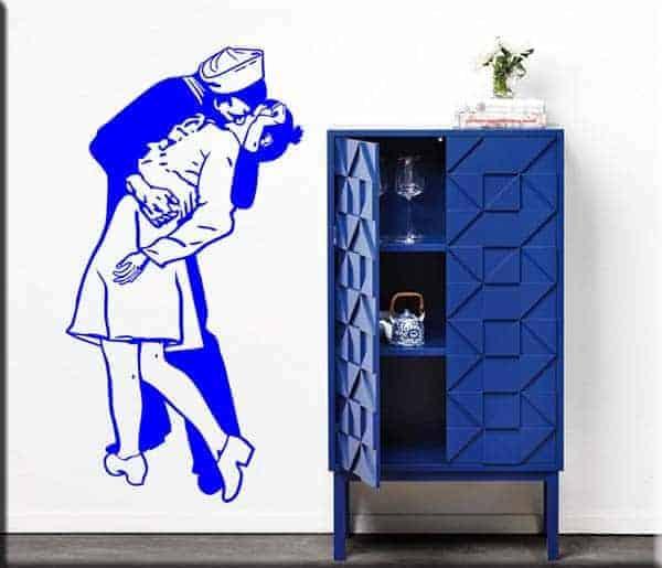decorazione adesiva murale bacio marinaio infermiera