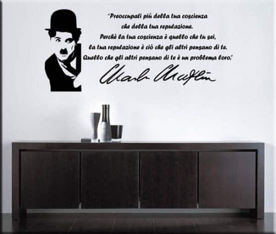 Decorazione murale frase Charlie Chaplin