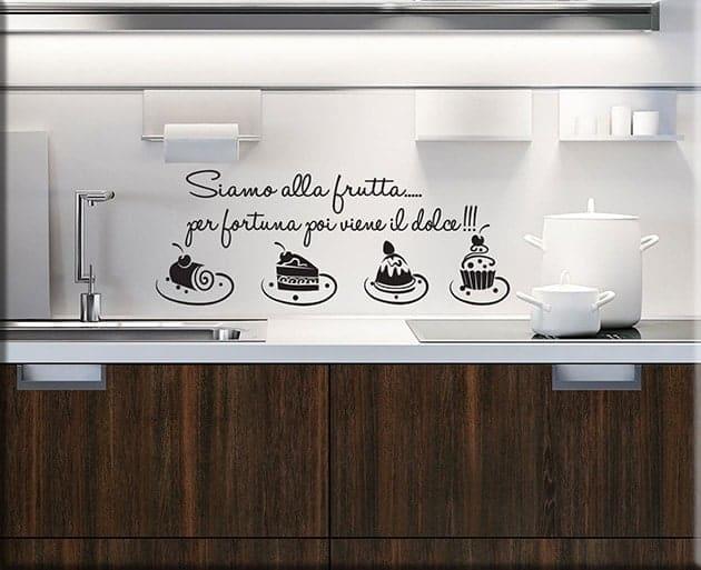 Adesivi da parete frase cucina dolci for Adesivi per mattonelle da cucina