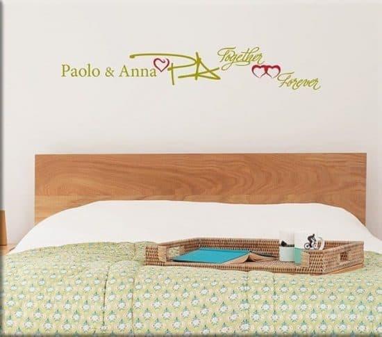adesivi da parete personalizzati letto