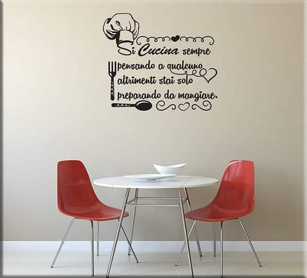 Decorazioni adesive murali frase cucina for Stickers murali cucina