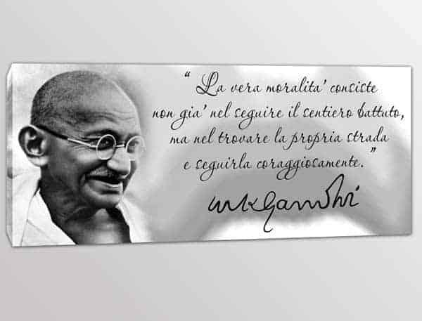 quadro moderno frase Gandhi