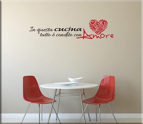 Wall stickers frase amore cucina for Decorazioni muro cucina