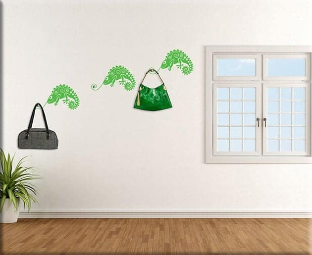 adesivi-murali-camaleonti-appendiabiti-arredo