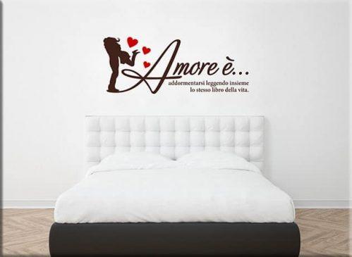 adesivi da parete frase amore arredo letto