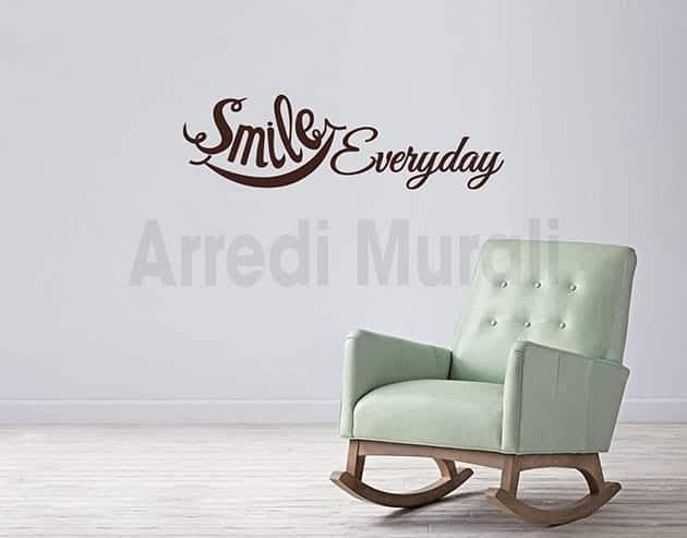 Adesivi da parete frase smile everyday decorazioni