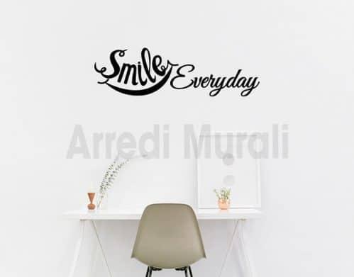 Adesivi murali frase smile everyday decorazioni