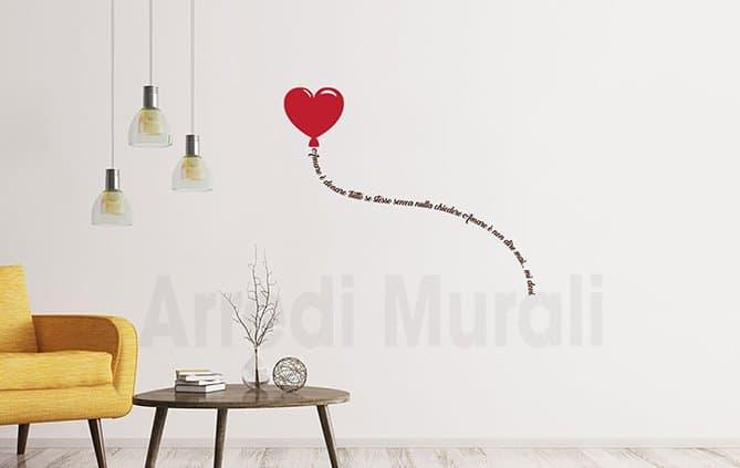 Adesivi murali palloncino cuore con frase amore