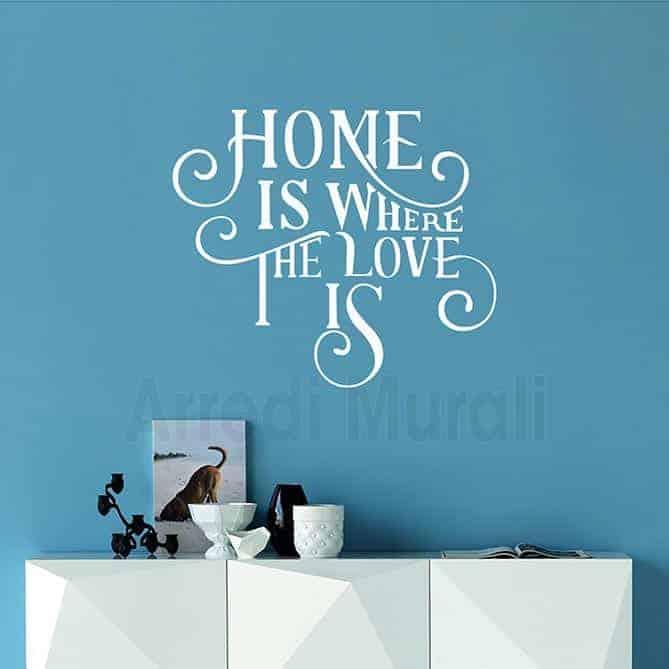 frase adesiva Home is where the love is adesivi da parete decorativi