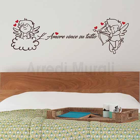 decorazioni adesive per testata letto matrimoniale adesivi murali frase e 2 angeli con cuori rossi