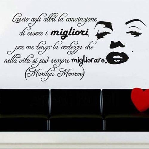 Adesivo murale frase Marilyn nero