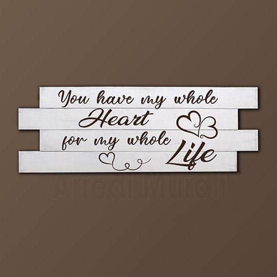 quadri shabby chic realizzato con pannelli in legno di abete e con frase d'amore in inglese