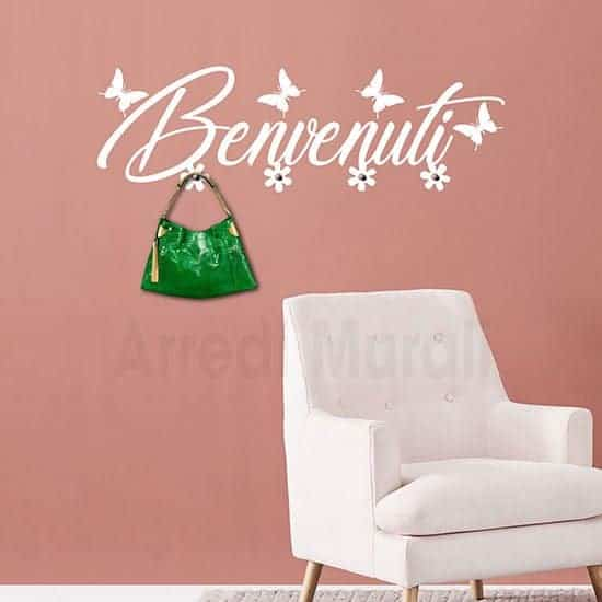 appendiabiti da parete in adesivo murale con scritta adesiva benvenuti e 4 pomelli in metallo colore bianco
