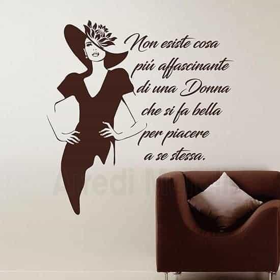 adesivi murali scritta decorativa bellezza donna marrone
