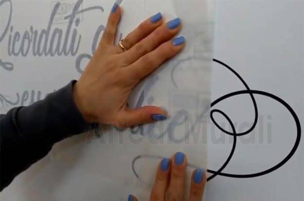 applicare gli adesivi murali tutorial