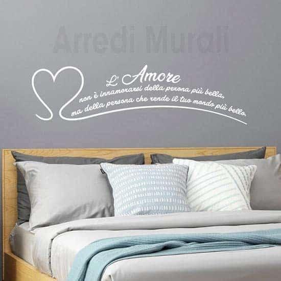Adesivi murali frase l'amore non è bianco