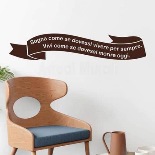 Frasi adesive personalizzate per pareti