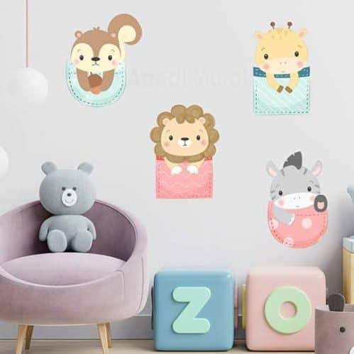 Adesivi per decorare la cameretta dei bambini