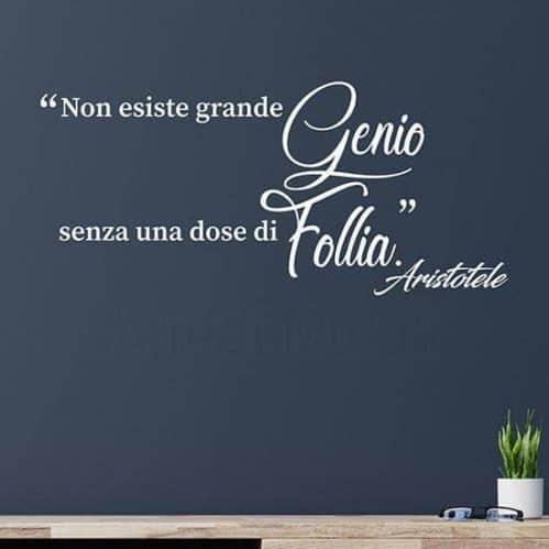 Frase adesiva citazione Aristotele bianco